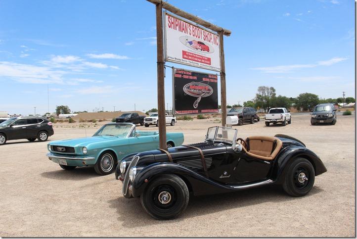 IMG_6684 cars and Shipman sign